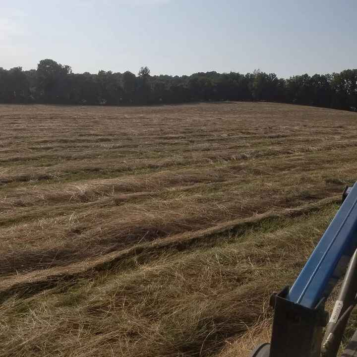 #greatfulforbeingafarmerFinished mowing the 18 ac. Field.  Most equipment is working. New injectors, leaking diesel..fix...
