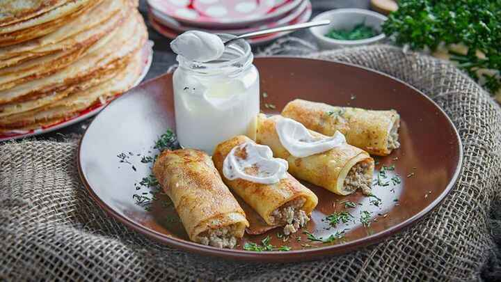 Enjoy our amazing Blini With Meat(4 PCS) for £4.90 at Dacha Shop 🥞💯